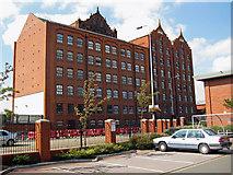 TA2710 : Victoria Mills, Grimsby by David Wright