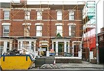 J3472 : Retained housefronts, Belfast by Albert Bridge