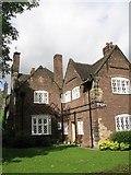SJ3384 : Houses at Port Sunlight (Latticework Windows & Brickwork) by Gerald Massey