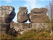 SE2065 : Millstone grit rock formation by Ceri Thomas