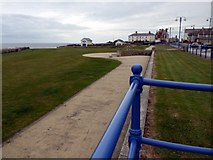 NZ4249 : Cliff top green, Seaham by Andrew Curtis