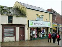 SH4862 : Neglected building in Caernarfon town centre by Jonathan Billinger