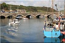 SX2553 : Looe Bridge by roger geach