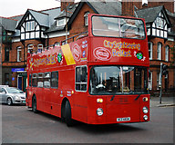 J3372 : Sightseeing bus, Belfast by Rossographer
