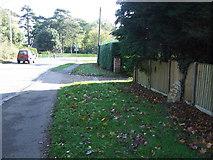 TM3876 : Old Milepost by Keith Evans