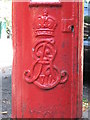 NZ2565 : Edward VII postbox, Granville Road - royal cipher by Mike Quinn
