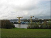 NZ2964 : River Tyne at Hebburn by Les Hull