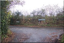 TQ4660 : Road junction on Perrys Lane by David Anstiss