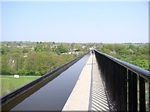 SJ2742 : Walkway along Pont Cysyllte Aqueduct by Eirian Evans