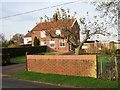 TM1598 : House in Wymondham Road by Evelyn Simak