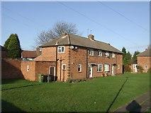SO8999 : Housing - Gibbons Road by John M