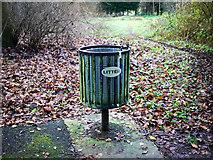 J3269 : Litter bin, Belfast by Rossographer