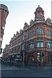 SO8455 : The Hop Market Commercial Hotel by Bob Embleton