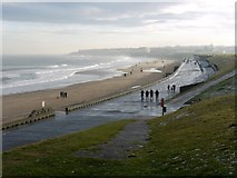 NZ3573 : Promenade, Whitley Sands by Andrew Curtis