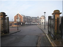 SJ3589 : Modern housing in Cathedral Gate by John S Turner