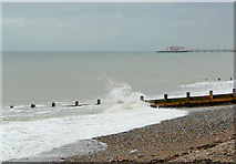 TQ1602 : Beach at Worthing, West Sussex by Roger  Kidd