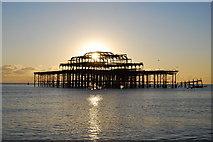 TQ3003 : West Pier by william