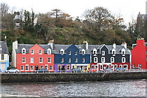 NM5055 : Tobermory Waterfront by Michael Jagger