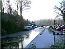 SO8688 : Looking south to Greensforge Lock, Staffordshire & Worcestershire Canal by P L Chadwick