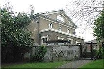 TQ2976 : St Paul, Rectory Grove, London SW4 by John Salmon