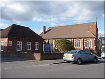 SZ0894 : Bournemouth : Winton - Victoria Park Methodist Church by Lewis Clarke