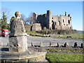 SN3010 : Dylan admires ....... the medieval Laugharne castle by Colin Vosper