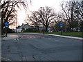 SU4112 : Bus lane, Commercial Road by Stephen Craven