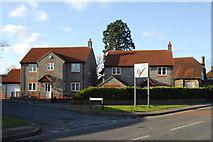 ST6771 : Modern houses, Oldland Common by Gordon James