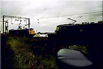 SO9199 : Canal and railway, Wolverhampton by Michael Westley