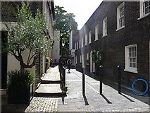 TQ2879 : Old Barrack Yard, London SW1 by Chris Gunns