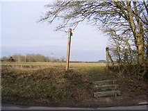 TM3569 : Footpath to Pouys Street by Geographer
