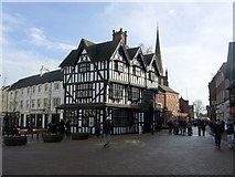 SO5140 : The Old House in Hereford marketplace by ceridwen