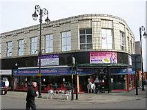 SE2627 : Bertie's Diner - Queen Street by Betty Longbottom