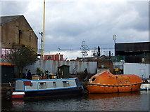TQ2282 : Traditional and high-tech on the canal by ceridwen