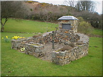 SN0038 : Dinas Cross - the old water pump by Richard Law