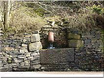 SE0419 : Stone trough, Ripponden New Bank by Alexander P Kapp