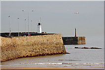 NO5603 : Anstruther Harbour wall by John Allan