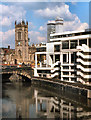 SJ8398 : River Irwell and Manchester Cathedral by David Dixon