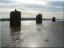 NS4273 : Bollards on the River Clyde by Lairich Rig