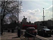 TQ2879 : The Wellington Arch on Hyde Park Corner by Robert Lamb