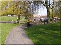 SO9199 : Wolverhampton Canal Path by Gordon Griffiths