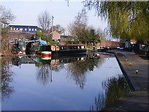 SO9199 : Wolverhampton Canal Basin by Gordon Griffiths