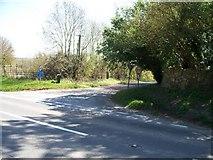 SP2225 : Road to Upper Oddington by Michael Dibb