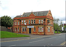 SJ8297 : Bricklayers Arms, 146 Ordsall Lane, Salford by P L Chadwick