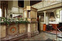 TQ2882 : St Marylebone, Marylebone Road, W1 - Pulpit by John Salmon