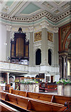 TQ2882 : St Marylebone, Marylebone Road, W1 - Interior by John Salmon