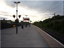 SE4081 : Looking North on Thirsk Station by DS Pugh