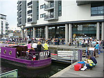 NT2472 : Canal Festival visitors, Edinburgh Quay by kim traynor