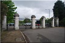TQ3473 : Rosebery Gate, Dulwich Park by N Chadwick