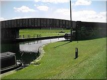 SE3724 : Kings Road Bridge, Foxholes by Mike Kirby